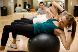 HSP Sweat It Out Dont Make These Skincare Mistakes at the Gym